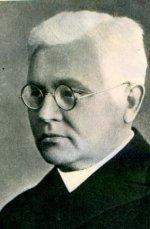 Juozas Tumas-Vaižgantas - Lietuvos rašytojas, spaudos darbuotojas, literatūros istorikas, kritikas, visuomenės veikėjas, pedagogas, kunigas.