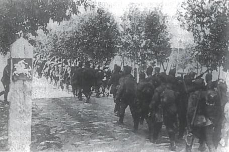 Raudonoji armija okupuoja Lietuvą. 1940 m. birželio 15 d.