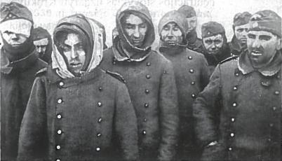 Vokiečiai, pateką į Raudonosios armijos nelaisvą. Prie Stalingrado į nelaisvą pateko 90 tūkst. Vermachto kareivių ir karininkų. Tik 6 tūkst. iš jų sugrįžo į tėvynę